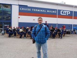 Una banda de música nos recibió en el puerto de Malmö