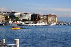 Simplon paddle steamer in Geneva
