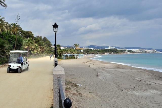 Playa del magnífico Hotel Marbella Club Hotel Marbella Club, #experiencia de lujo en la Costa del Sol - 8741812368 a475769e18 z - Hotel Marbella Club, #experiencia de lujo en la Costa del Sol