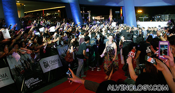 Look at the amount of people and press