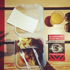 Book n breakfast