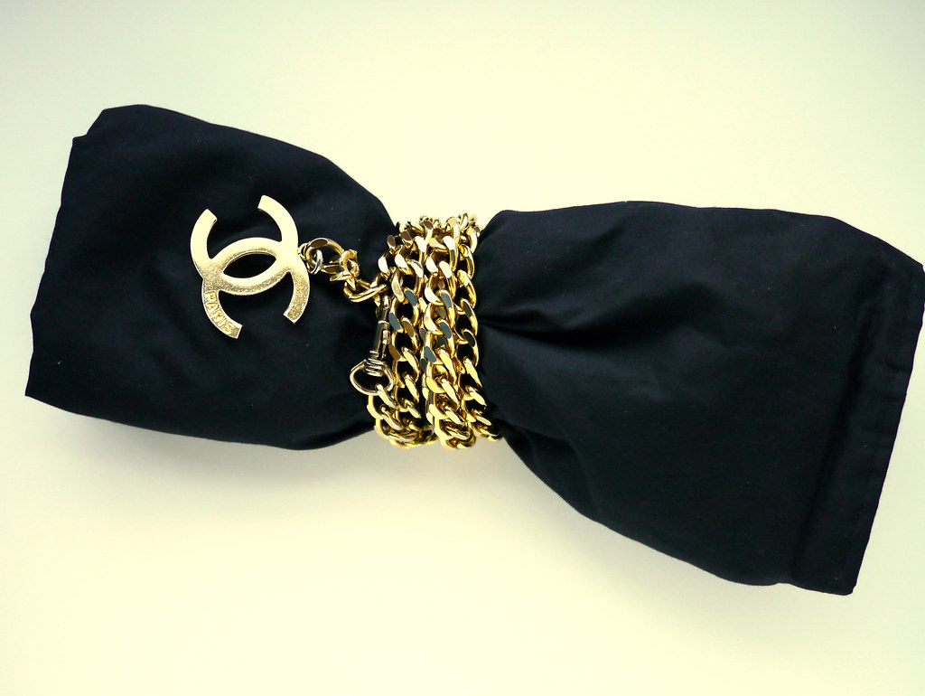 chanel chain clutch DIY