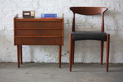 ***ON DECK*** Delightful Danish Mid Century Modern Teak Nightstand Side Table (Denmark, 1960's)