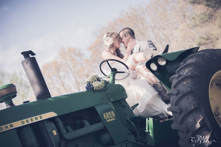 Couple_Tractor