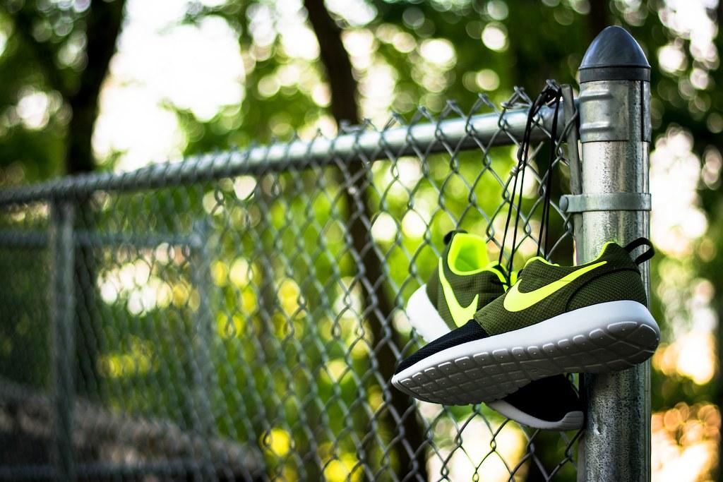new product 03466 c29a9 ... Nike Roshe Run iD