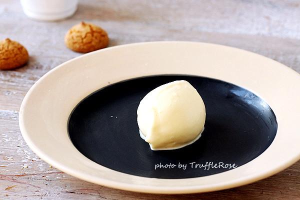 用煉乳做冰淇淋。柳橙冰淇淋(免攪拌、免冰淇淋機)-20130816