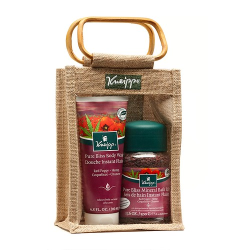 Kneipp_Pure_Bliss_Bath__amp__Body_Gift_Set_1383059929