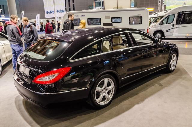 Mercedes benz cls 350 cdi 4matic blue efficiency station for Mercedes benz cls station wagon