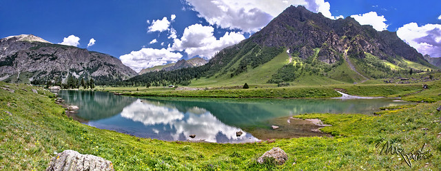 Rainbow Lake, Domail