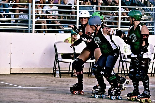 Maui Roller Girls courtesy of FB