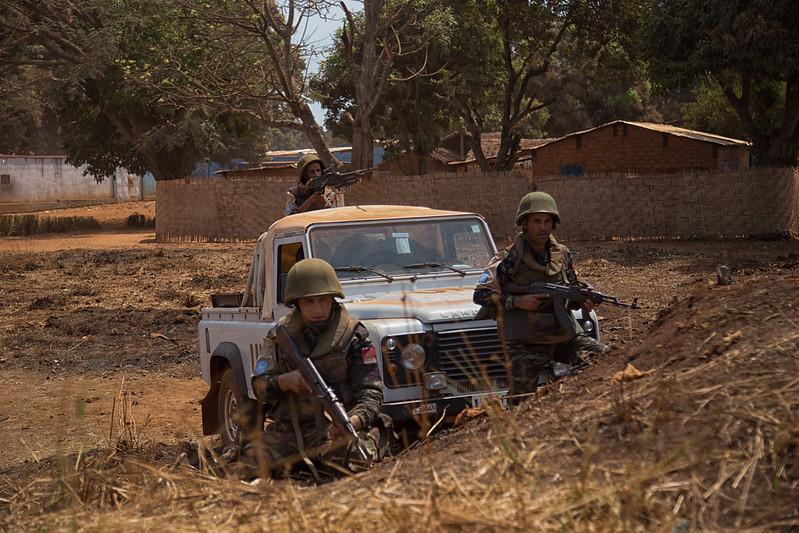 Maintien de la paix dans le monde - Les FAR en République Centrafricaine - RCA (MINUSCA) - Page 2 16331866670_d80bed8e71_c