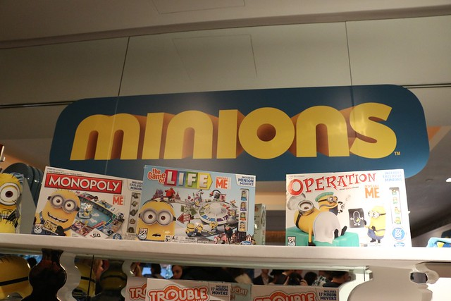 Jurassic World / Minions - New York Toy Fair 2015
