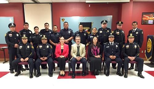 Policías de Laredo