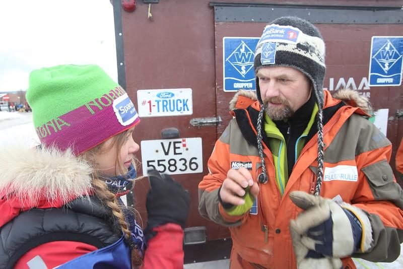 Harald gir Guro noen gode råd like før start.