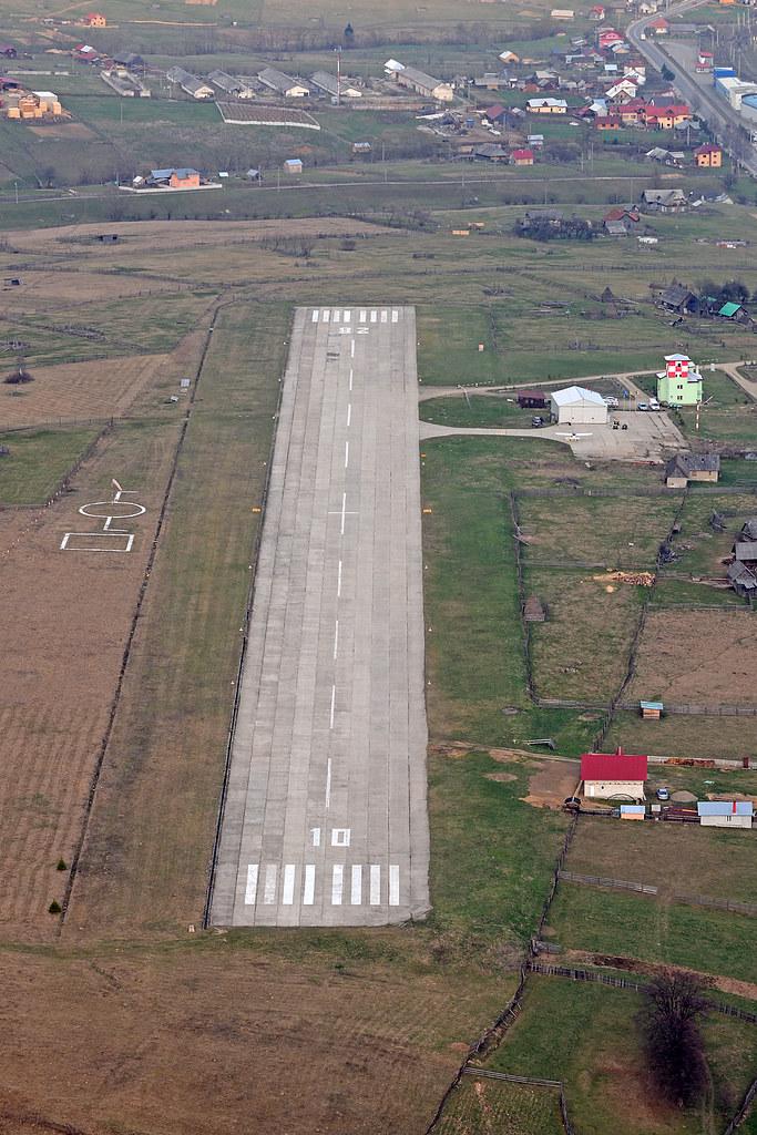 Suceava, Vatra Dornei - Aerodromul Floreni (LRFL) - Pagina 8 8731981481_54b42bb18e_b
