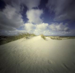 Dune pinhole