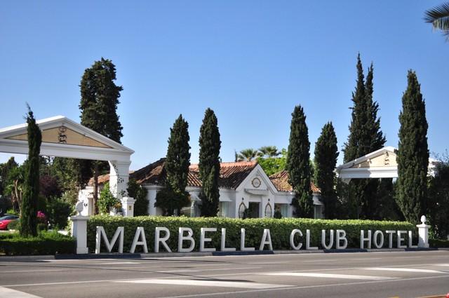 Entrada al lujoso complejo del Marbella Club Hotel ... sin duda uno de los mejores hoteles del mundo. Hotel Marbella Club, #experiencia de lujo en la Costa del Sol - 8741836448 59f0675530 z - Hotel Marbella Club, #experiencia de lujo en la Costa del Sol