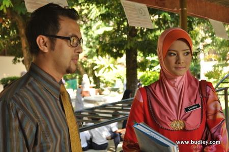 Almy Nadia Dan Syed Aiman Dalam Cikgu Imah Salimah