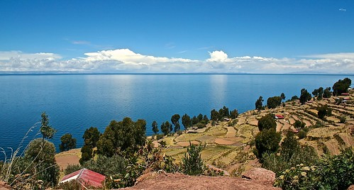 panorama lake peru titicaca beautiful canon landscape lago island photography eos 350d amazing photographie lac ile olympus panoramic explore mm guillaume paysage viewpoint canoneos350d taquile isla zuiko omd panoramique em5 guill leparmentier toug lepar mtoug mistertoug