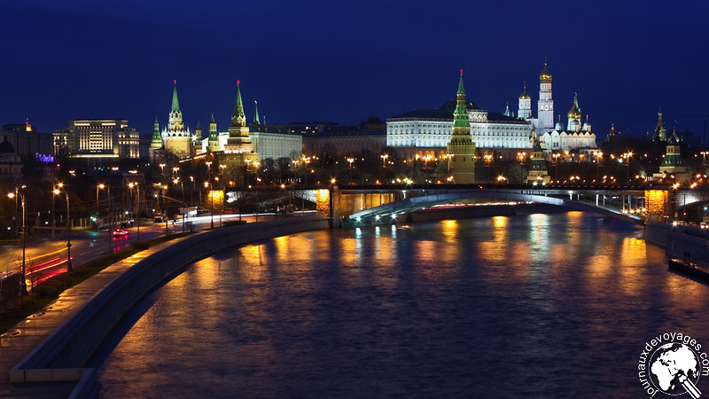 Moscou by night et le Kremlin