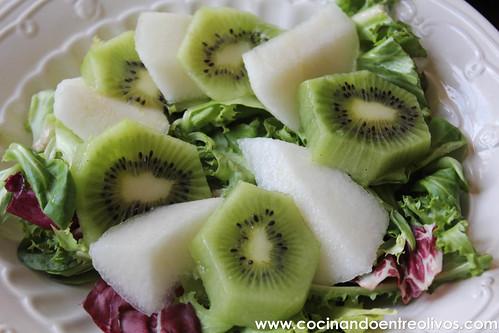 Ensalada con fruta y queso Burgo de Arias www.cocinandoentreolivos (4)