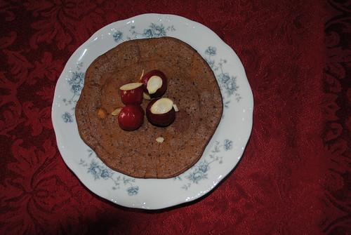 chocolate cherry almond pancakes (2)