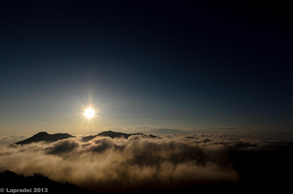 20130630 雲海に浮かぶ鳳凰三山
