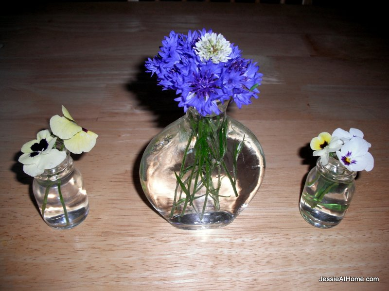 Flower-Trio