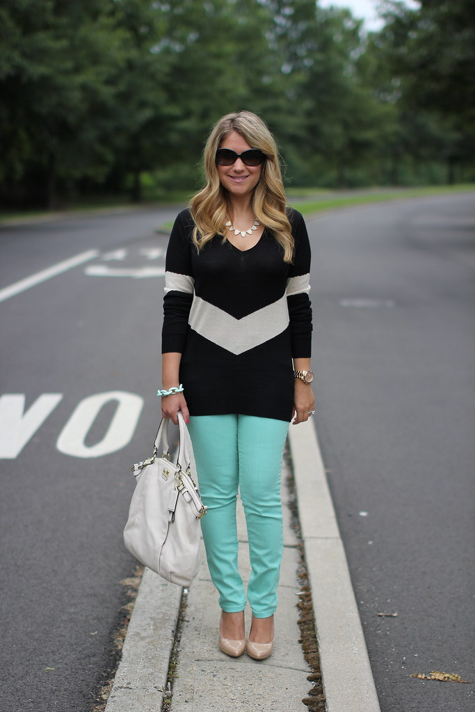 chevron sweater and mint skinny jeans outfit