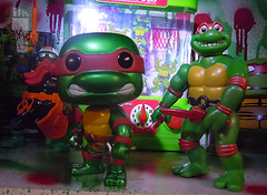 "FUNKO 'POP TELEVISION' :: TEENAGE MUTANT NINJA TURTLES - ""RAPHAEL"" #61 ;  Limited SDCC Exclusive Vynil Figure x // ..'93 TOON RAPH  (( 2012 ))"