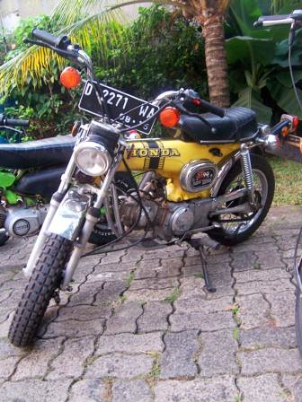 Honda St90 mini dax - SOLD- by Axial Showroom