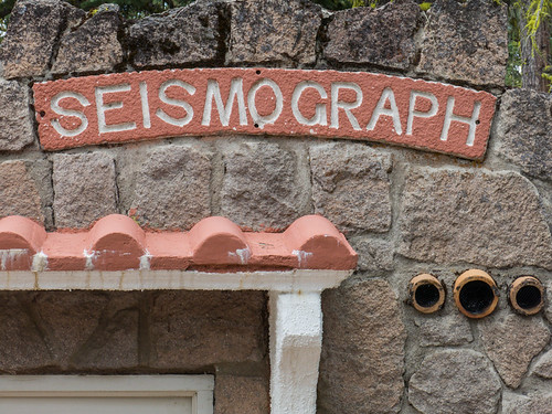 Seisomgraph Station