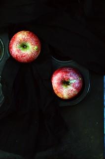 apples.28