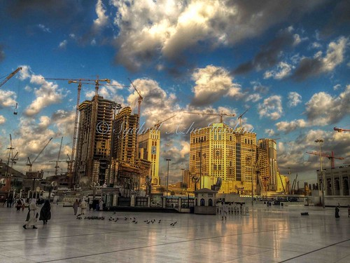 morning travel light detail reflection building colors architecture clouds sunrise construction colorful crane naturallight bluesky structure handheld dramaticsky saudiarabia hdr umrah mekah makkah ksa iphone iphone5 syahrel