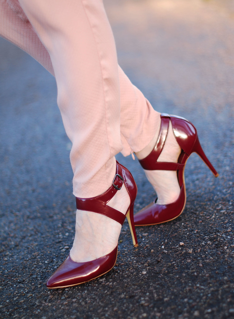 Burgundy pointed heels & blush pink