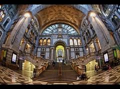 *Antwerpen Centraal*