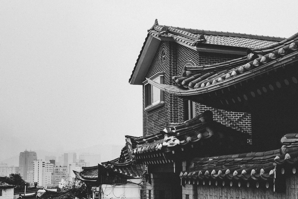 Black and white, Insadong