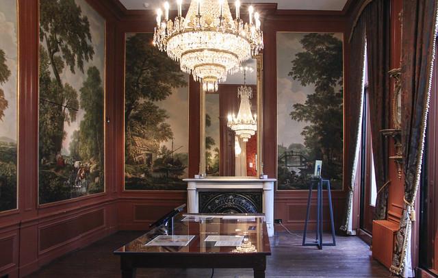 Museum Het Grachtenhuis (The Canal House Museum)