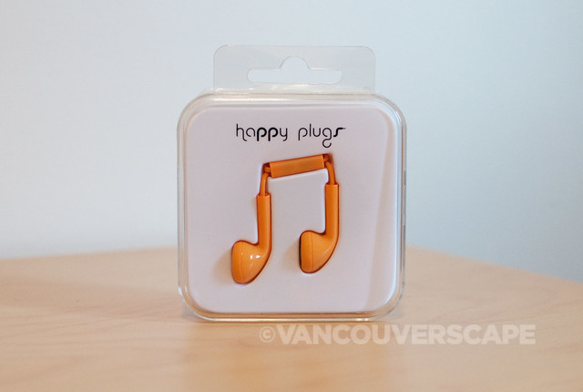 Happy Plugs-3
