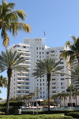 Mid-Century Sea View Hotel Bal Harbour