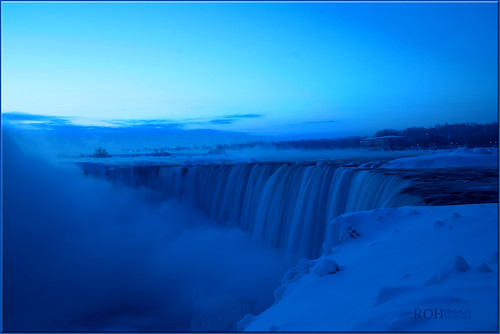 canon niagarafalls niagara waterfalls bluelight 6d niagaraescarpment slowwater canon6d