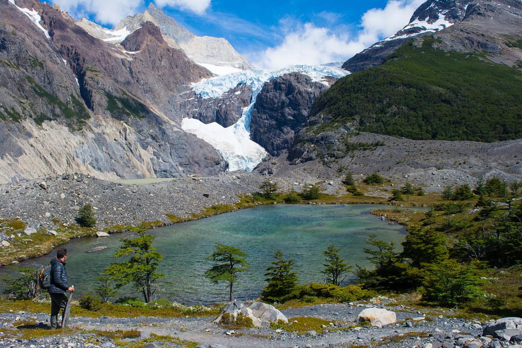 Perros glacier and the Perros lagoon