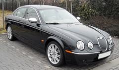 jaguar s-type(0.0), automobile(1.0), automotive exterior(1.0), jaguar(1.0), executive car(1.0), wheel(1.0), vehicle(1.0), performance car(1.0), automotive design(1.0), rim(1.0), jaguar s-type(1.0), sedan(1.0), personal luxury car(1.0), land vehicle(1.0), luxury vehicle(1.0),