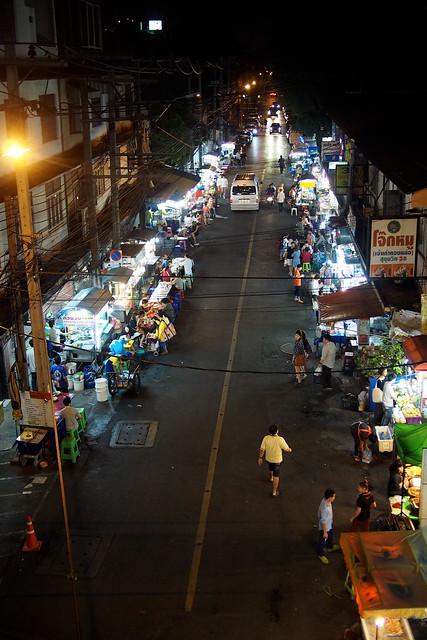 street food, Sukhumvit Soi 38, Bangkok, Thailand