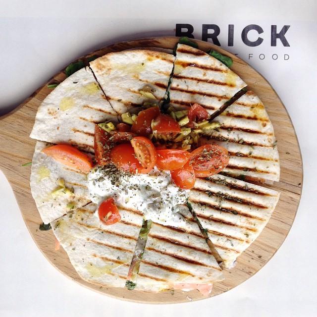 porto • amigas • comida (amanhã pelo blog) #honestfood #brickclerigos #porto