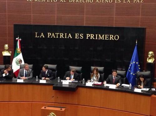 """Eurodiputados piden a Peña esclarecer caso Ayotzinapa con """"hechos palpables"""""""