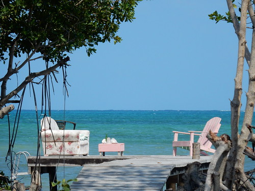 Belize - Caye Caulker - gemeubileerde steiger