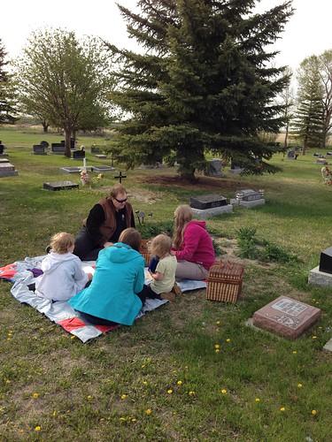 Picnic at Kol's grave