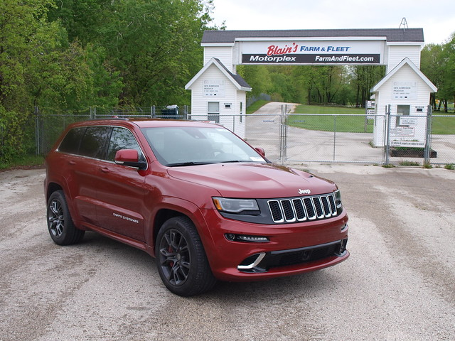 2014 Jeep Grand Cherokee SRT 1