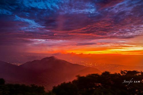 longexposure mountain landscape colorful taiwan 夕陽 taipei 夜景 yangmingshan 大屯山 carlzeiss 火燒雲 nikond4  夕焼け 撮影 夜景 綺麗な夕焼け carlzeissdistagant21mmf28zf2